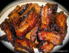 Is there anything better on a cold winter& night than a piece of meltingly soft, sweet, juicy pork belly? I think not! Pork Belly Recipe Oven, Pork Belly Recipes, Beef Recipes, Pork Rashers Recipe, Pork Belly Strips, Crispy Pork, How To Cook Pork, Braised Pork, Spare Ribs