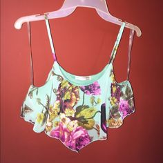 FINAL PRICE floral crop top Only wore this super cute top once! No trades! Any questions please feel free to ask away! Happy poshing!! Tops