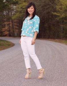 my dressy ways bay blue floral and white jeans (|blouse| Loft Eastern Floral Bubble Hem Blouse |jeans| Wet Seal |shoes| Shoedazzle |necklace| The Icing |ring| Charlotte Russe)