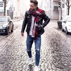 With-white-t-shirt-leather-jacket-distressed-jeans-and-white-sneakers.jpg (480×480)