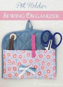 Pot Holder Sewing Roll-up Organizer Tutorial