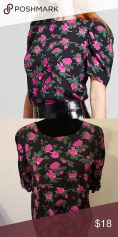 2e49966a3bfc5 Women s Full Short Sleeve Blouse Blouse NWT Who What Wear Women s Full  Short Sleeve Blouse Black