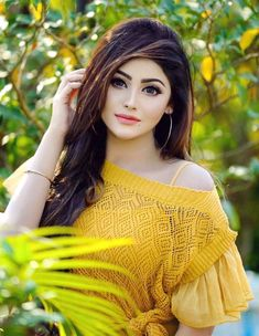 Look Your Best With This Fashion Advice Stylish Girls Photos, Stylish Girl Pic, Cute Girl Poses, Cute Girl Photo, Beautiful Girl Photo, Beautiful Girl Indian, Beautiful Gorgeous, Girl Attitude, Girl Photography Poses