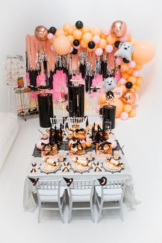 This Ghouls Squad Kids Halloween Party features amazing party supplies and decorations, Halloween themed desserts, favors and more. Halloween Balloons, Halloween Party Games, Toddler Halloween, Halloween Decorations, Halloween Fairy, Halloween Birthday, Happy Halloween, Birthday Parties, 21st Birthday