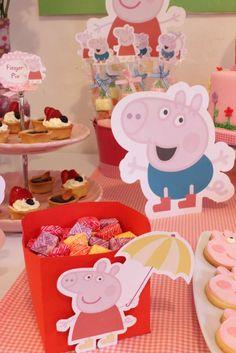 Peppa Pig Decorações... Essa caixinha com balas pode ser feita com papel cartão ou caixa de leite... :D