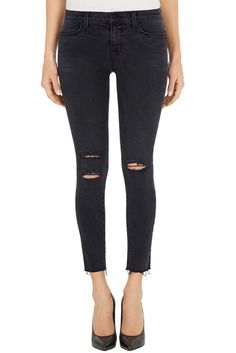 NWT J Brand 8226 photo Ready Cropped Skinny jeans in Mercy/Charcoal - Size 26