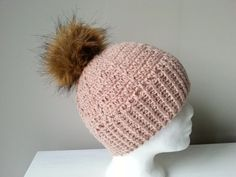 czapka na szydełku, crochet cap, video tutorial Winter Hats, Crochet Hats, Youtube, Film, Fashion, Knitting Hats, Movie, Moda, Film Stock