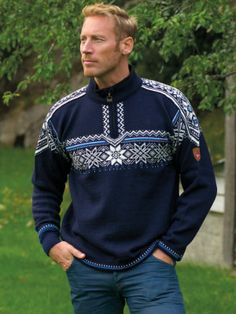 Dale of Norway ® Trui Holmenkollen Ol, Norway, Men Sweater, Sweaters, Fashion, Men's Fashion Styles, Moda, Fashion Styles, Men's Knits