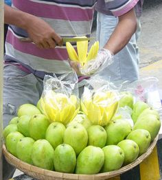 Carabao mangoes-most popular in the Philippines