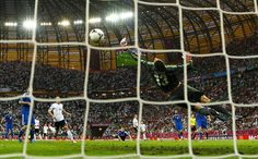 Beautiful photo from today's Germany/Greece Euro match. Ricardo Kaka, Michael Bradley, Clint Dempsey, Philipp Lahm, Thomas Muller, Greece Pictures, Euro 2012, Wayne Rooney, Sports Graphics
