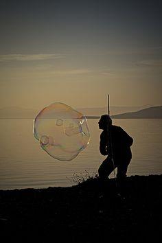 Soap bubble at sunset 05 | Flickr : partage de photos !