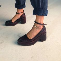 The shoes, Ella Maximillion anklet and the denim <3