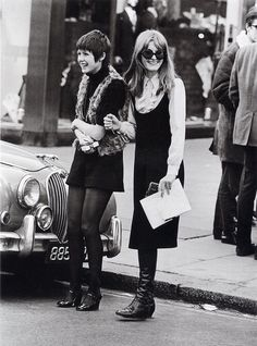 Photography by Frank Habicht, Chelsea, London Vintage Street Fashion, 60s And 70s Fashion, Mod Fashion, Fashion Moda, Fashion Check, Sporty Fashion, Gothic Fashion, Style Fashion, Fashion Women