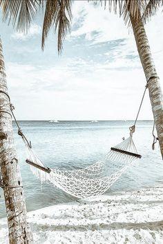 Beach Aesthetic, Summer Aesthetic, Travel Aesthetic, Kpop Aesthetic, Summer Wallpaper, Beach Wallpaper, Aesthetic Backgrounds, Aesthetic Wallpapers, Santorini Greece Vacation