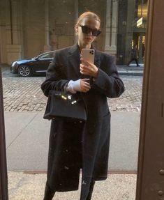 celebinspire: Marie von Behrens - House of Nadeen Marie Von Behrens, Dress Like A Parisian, Hermes, Fall Outfits, Fashion Outfits, Ootd, Blazer, City Chic, Minimal Fashion