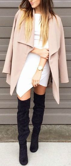Blush coat and black overknees Mode Outfits, Fashion Outfits, Womens Fashion, Fashion Trends, Casual Styles, Looks Style, Looks Cool, Fall Winter Outfits, Autumn Winter Fashion