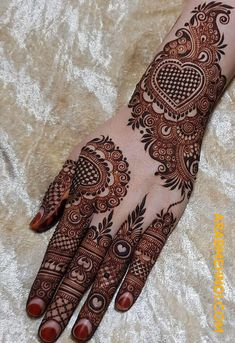 Bridal Mehandi Design Images You Love To Try - Mehandi Designs 2019 mehndi d. Henna Hand Designs, Mehndi Designs Finger, Mehndi Designs Book, Mehndi Designs For Girls, Stylish Mehndi Designs, Mehndi Designs For Fingers, Latest Mehndi Designs, Dulhan Mehndi Designs, Mehandi Designs