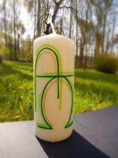 Willkommen bei La-Nola La-Nola ist ist eine kleine Manufaktur die mit Liebe, Kreativität und Freude handgemachte Geschenk-Kerzen herstellt. Osterkerzen Der Frühling kommt und damit auch das Osterfest! Hier können Sie schon jetzt die neuen Motive der Osterkerzen sehen. Ostern - ein guter Zeitpunkt eine nach Euren Vorstellungen hergestellte Kerze zu bestellen. - Schreiben Sie mir Ihre Wünsche und abhängig von der Stückanzahl erhalten Sie Ihre individuellen Osterkerzen in der Regel nach 7 Tagen…