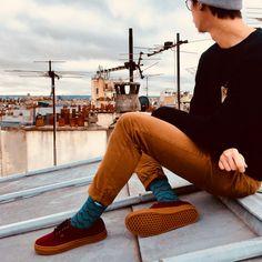 La chaussette POISSON BLANC s'inspire de l'univers marin pour vous faire voyager dans des eaux turquoises. Ses doux motifs sont un appel à l'évasion ! Turquoise, Hipster, Motifs, Style, Bobby Socks, Socks, Whitefish, Sailor, Universe