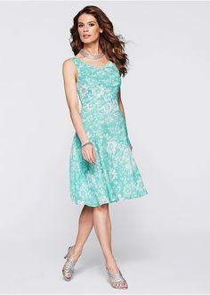 Šaty Postavu podtrhující šaty s • 699.0 Kč • Bon prix