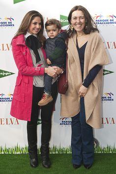 Olga Ruiz, Directora de TELVA, junto a Rossana Jaramillo, esposa de Alejandro Bataller, y su hijo - El photocall de la quinta edición de los Premios TELVA Niños - TELVA.com