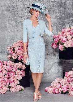 Light Blue Mother of Bride Dresses Lace Outfit Pleated with Beading Evening Party Dress 2 Pieces Mother Gowns Mother Of Bride Outfits, Mother Of Groom Dresses, Bride Groom Dress, Groom Outfit, Mothers Dresses, Mother Of The Bride Dresses Knee Length, Girls Dresses, Lace Outfit, Dress Outfits