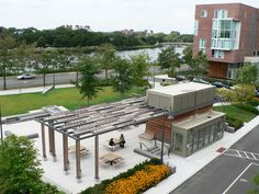 Image 2 of 10 from gallery of Riverside Park Pavilion / Touloukian Touloukian Inc.. Photograph by Ed Wonsek