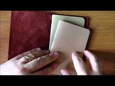 ▶ How to use a DIY Traveler's Notebook - YouTube (how to put the books in)