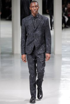 Issey Miyake Fall 2014 Menswear Fashion Show