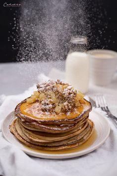 Pancakes mit Edelsauermilch, Brunch, Frühstück, süßes Frühstück, Mehlspeise, Pancakes, Sauermilch, Apfel, Apfelkompott, Pancake Rezept Best Breakfast Recipes, Great Recipes, Egg Hacks, Brunch, Least Favorite, Breakfast Pancakes, Snacks, Waffles, Nom Nom