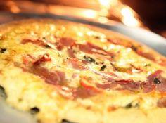 Massa de Pizza de Liquidificador - Veja mais em: http://www.cybercook.com.br/receita-de-massa-de-pizza-de-liquidificador.html?codigo=99433