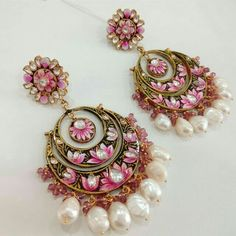 Awesome Wholesale Jewelry Opportunities Into A Thriving Business Ideas. Amazing Wholesale Jewelry Opportunities Into A Thriving Business Ideas. Indian Jewelry Earrings, India Jewelry, Jewelry Shop, Jewelry Art, Wedding Jewelry, Jewelery, Jewelry Design, Fashion Jewelry, Gold Jewellery