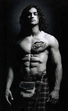 40 Shirtless Guys In Kilts. A BuzzFeed article compiled by another Melanie. Us Mels know our stuff ;)