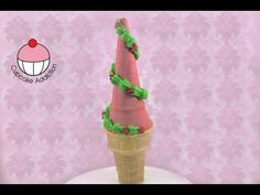 """Make a Rapunzel """"Tangled"""" Treat Box or Cupcake - Learn how to make these using our FREE online video tutorials. Visit YouTube channel MyCupcakeAddiction for these and lots more cupcake and cakepop decorating tutorials!"""