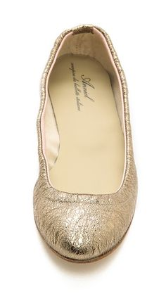 metallic leather ballet flats 50% off http://rstyle.me/n/ve8bvr9te