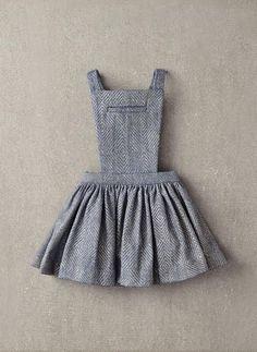 Nellystella Ella Dress in Light Grey Foil - – Hello Alyss - Designer Children's Fashion Boutique Little Girl Fashion, Little Girl Dresses, Toddler Fashion, Kids Fashion, Girls Dresses, Winter Mode, Baby Sewing, Kind Mode, Baby Dress