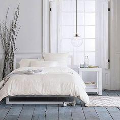55 Cool and Comfy Scandinavian Bedroom Ideas