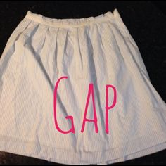 NWT blue and white gap skirt- sz 2 NWT blue and white gap skirt- sz 2 GAP Skirts High Low