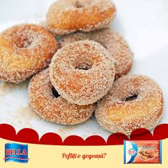 How to make homemade mini donuts (fried; midway donuts/Tom Thumb donuts/Those Little Donuts) Mini Donut Recipes, State Fair Mini Donut Recipe, Vanilla Whey Protein Powder, Protein Donuts, Healthy Donuts, Hanukkah Food, Hanukkah Recipes, Hannukah, Depression Era Recipes