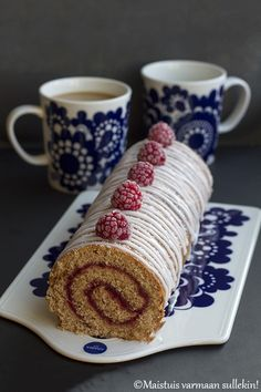 Gin, Finnish Recipes, Food And Drink, Baking, Tarts, Tableware, Mince Pies, Pies, Dinnerware