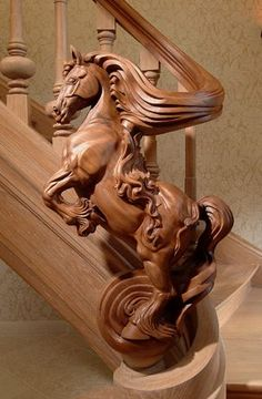 Trapart - Artist and maker of exclusive wooden sculptures and satues by order