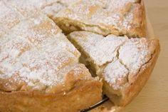 Jablkový koláč s pudingovou plnkou Cornbread, Ethnic Recipes, Food, Cakes, Basket, Meal, Eten, Cake, Meals