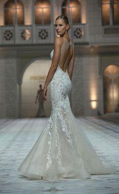 Pronovias 2014-2015. Dream dress for my beach wedding
