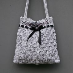 Grey crochet purse by MarianneS, via Flickr