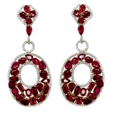 Exquisite Flexible Natural Burma Ruby Bracelet and Earrings en S Ruby Bracelet, Ruby Earrings, Stone Earrings, Diamond Earrings, Burmese Ruby, Crystal Fashion, Chandelier Earrings, Diamond Jewelry, Jewelery