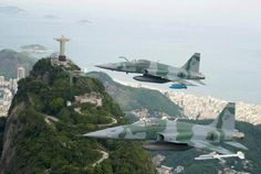 Brazilian Air Force flying over Rio de Janiero Military Humor, Military Jets, Military Aircraft, Drones, C130 Hercules, Brazilian Air Force, Iran Air, Airplane Fighter, Military Pictures