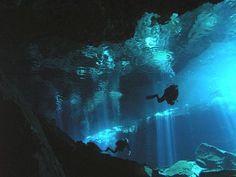 Tutti i migliori posti al mondo dove fare immersioni subacquee, dai Caraibi all' Oceano Indiano, i paradisi dei sub come non li avete mai visti.