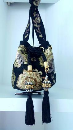Mini Handbags, Luxury Handbags, Tote Handbags, Fashion Bags, Fashion Accessories, Drawing Bag, Bridesmaid Bags, Potli Bags, Diy Handbag