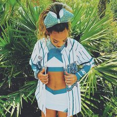 - welcome to my account i will be posting cheer edits videos pictures & more ! - tag someone who loves cheer! Cheerleading Cheers, Cheer Stunts, Cheer Dance, Competitive Cheerleading, Cheer Athletics, Cheer Practice Outfits, Cheer Outfits, Cheer Picture Poses, Cheer Poses