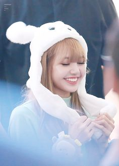 Blackpink Lisa, Jennie Lisa, Yg Entertainment, South Korean Girls, Korean Girl Groups, K Pop, Divas, Rapper, Rose Video